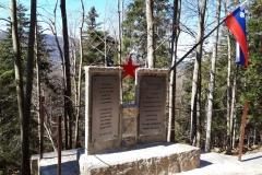 Nov spomenik na Jelenovem Žlebu 2019